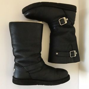 Ugg Leather Kensington Boot Size 8